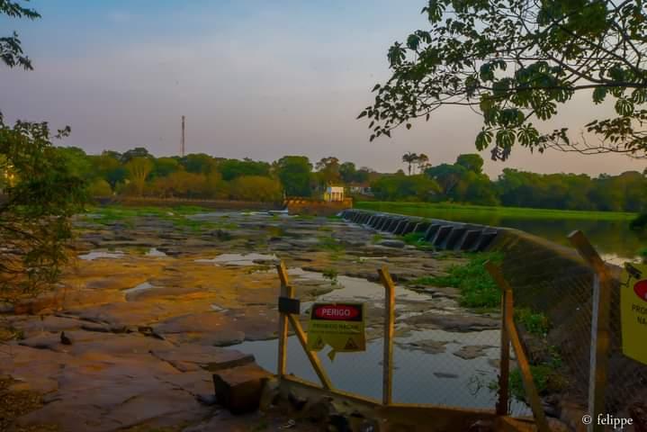 Cachoeira de Emas sofre com falta de chuvas